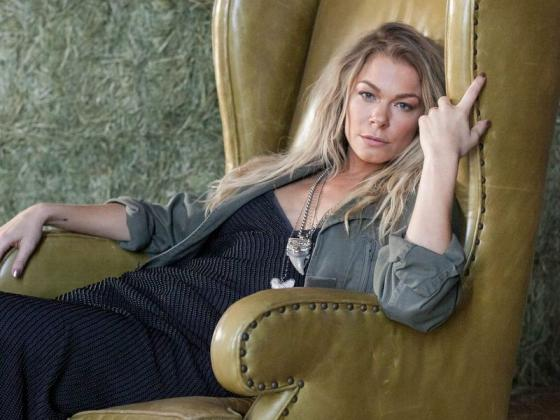 LeAnn Rimes, GRAMMY winning country artist